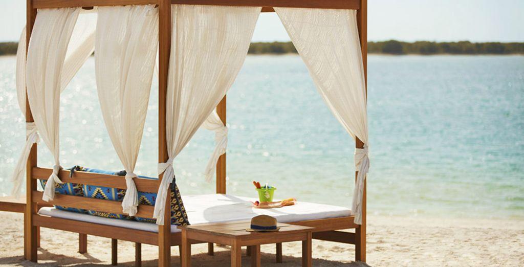 Ou détendez-vous tout simplement sur l'une des plages de l'île