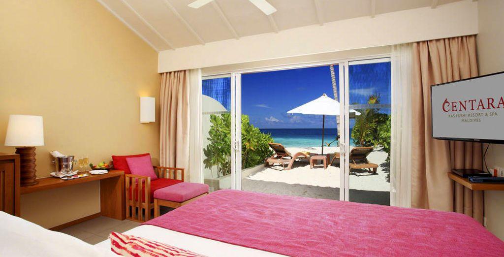 Laissez-vous séduire par le prestige de ses Ocean Front Beach Villas...