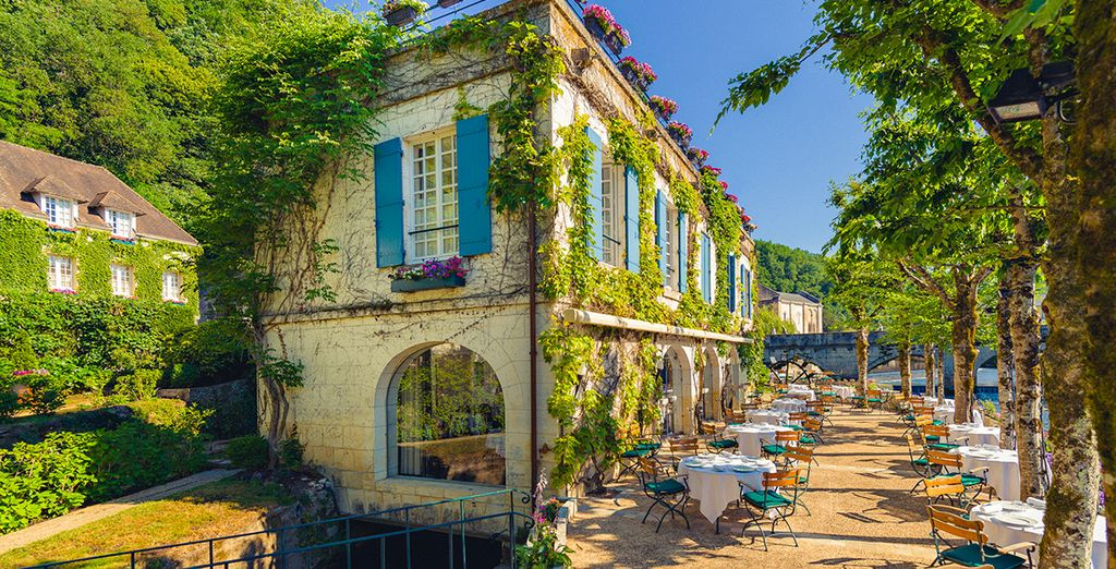 Dans l'un des plus beaux villages pittoresques du Périgord...