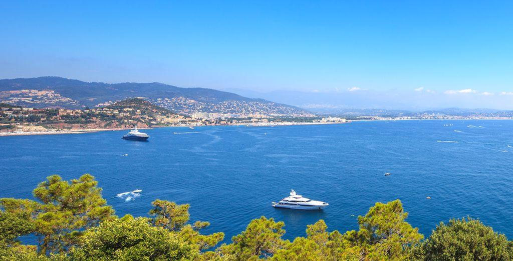 Et venez profiter de la douceur de vivre de la Côte d'Azur