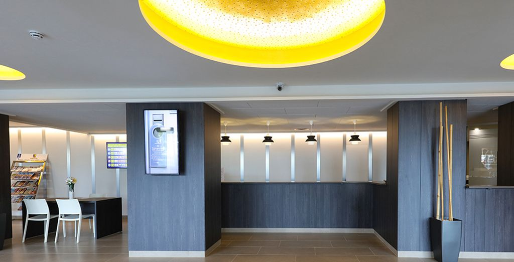 Vous serez accueilli à l'hôtel Golden Donaire