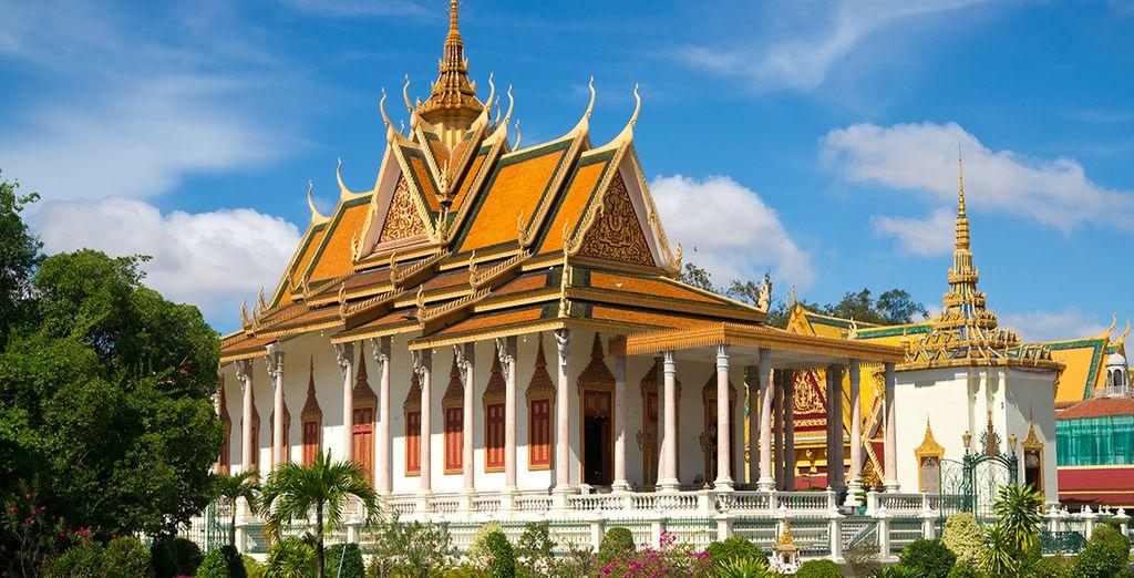 De la royale Phnom Penh