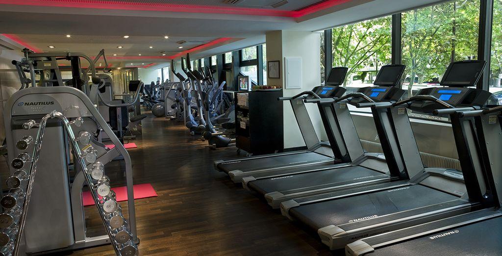 Échauffez vos muscles à la salle de fitness