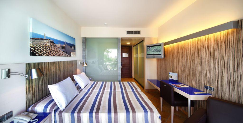 Appréciez le confort de votre lumineuse chambre...