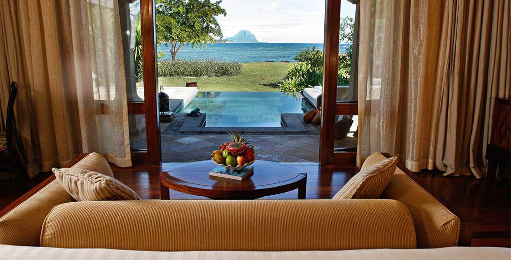 En option, offrez-vous un surclassement en Beachfront Luxury Suite Pool Villa