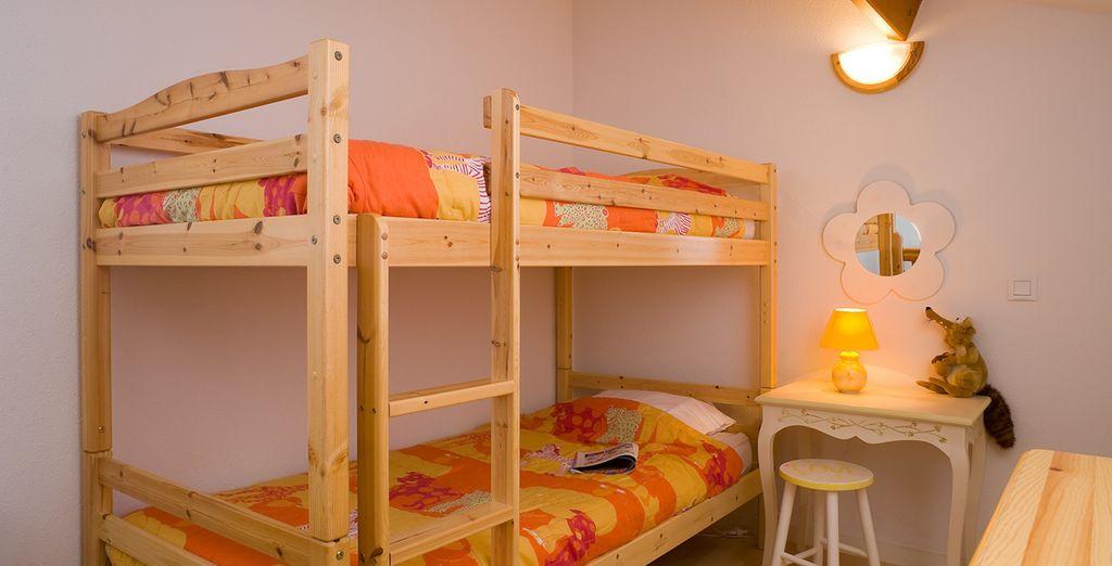 ... ainsi que l'aménagement complet de la chambre pour les plus petits