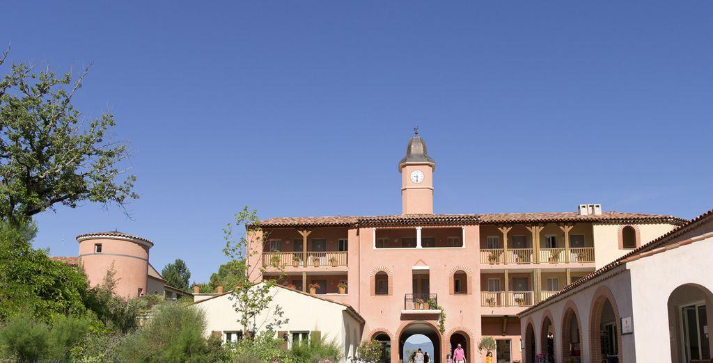 Appréciez l'architecture authentique de la résidence...