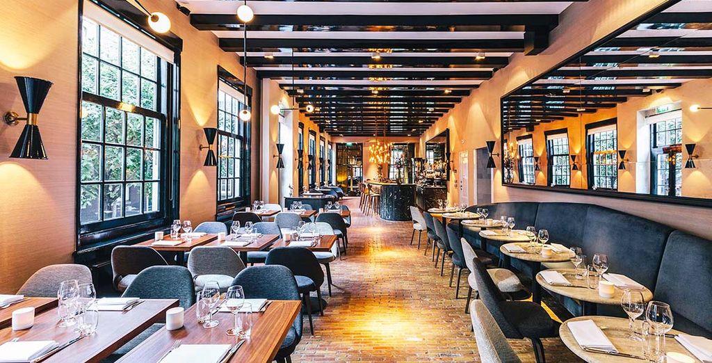 Le Bar Brasserie de l'hôtel sera le lieu idéal pour des moments de convivialité