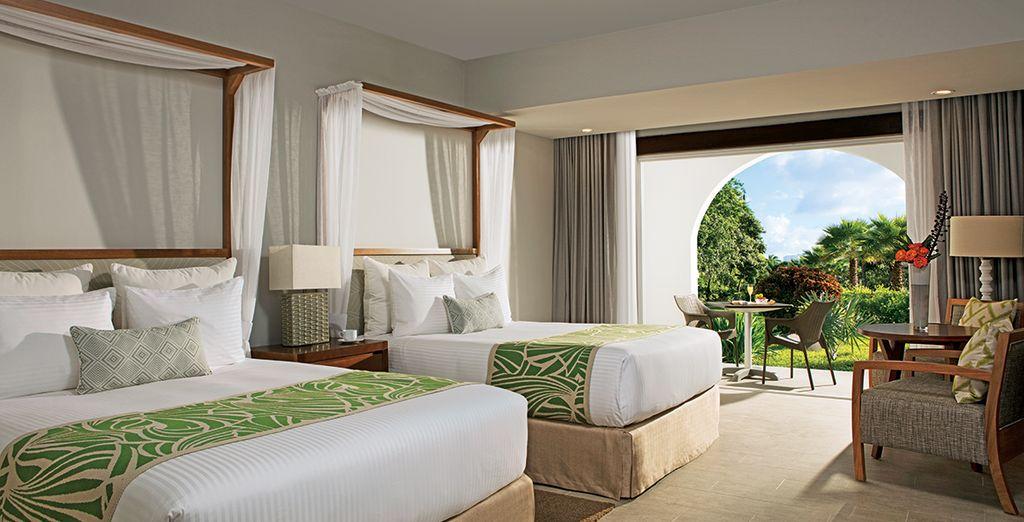 Vous séjournerez en chambre Deluxe Tropical View ou  Preferred Club Deluxe Tropical View
