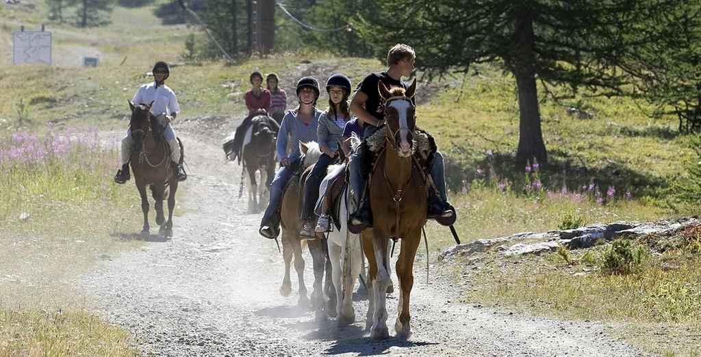 Aux randonnées équestres