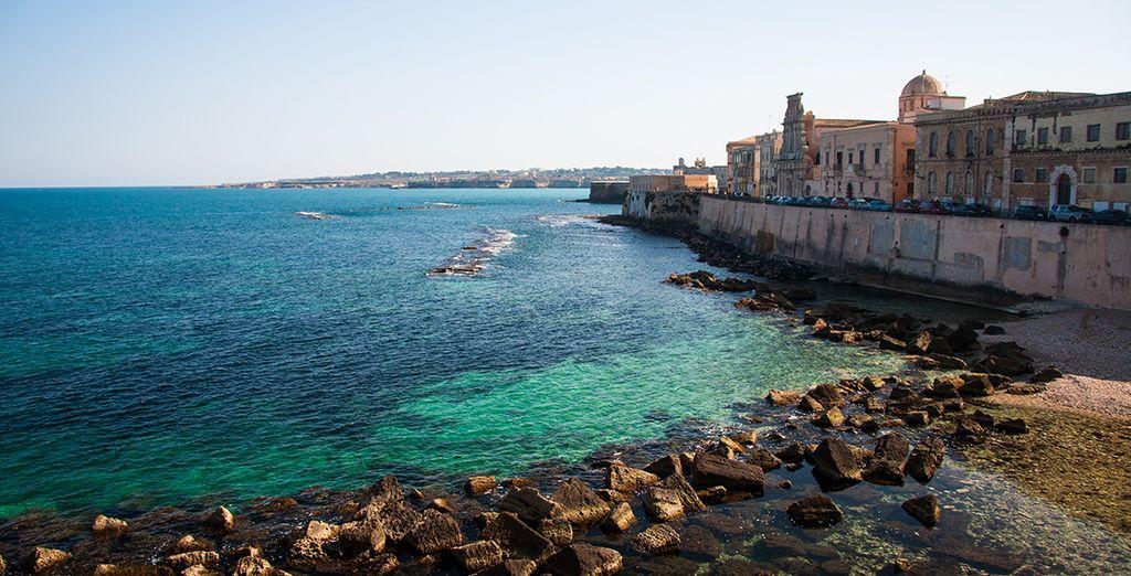Ou par une visite de la presqu'île d'Ortygia... Bonnes vacances !