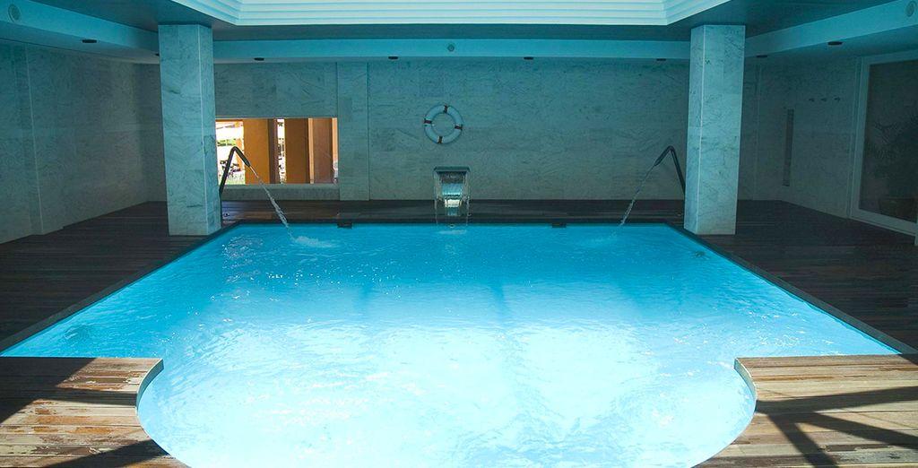 Ou dans la piscine intérieure