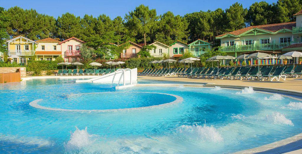 Vous pourrez vous détendre, lâcher prise...  Dans la piscine à jets massants...