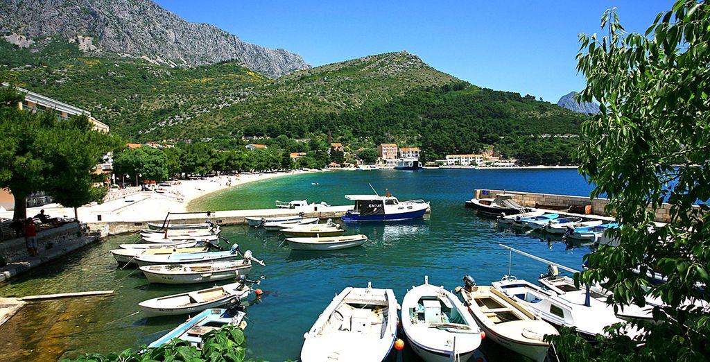 Vous serez situé tout près du petit port de pêche du village