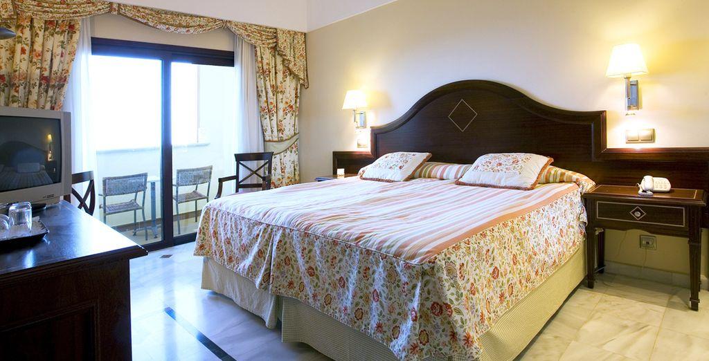 Prélassez-vous dans le confort de votre chambre Standard, Familiale ...