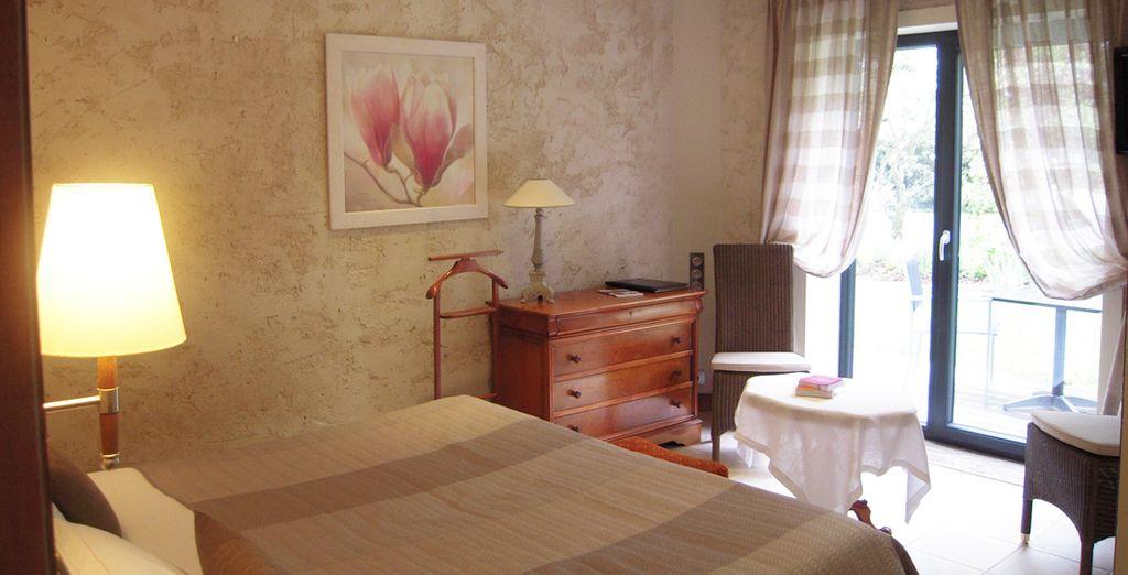 Posez vos valises en chambre Romantique, chaleureuse et confortable