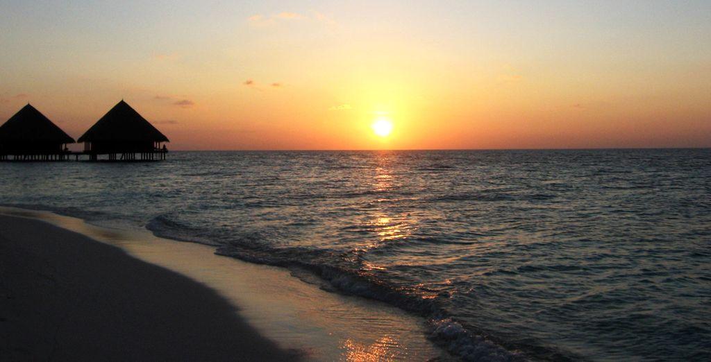 Et prenez la direction de la plage pour une baignade ou pour un coucher de soleil
