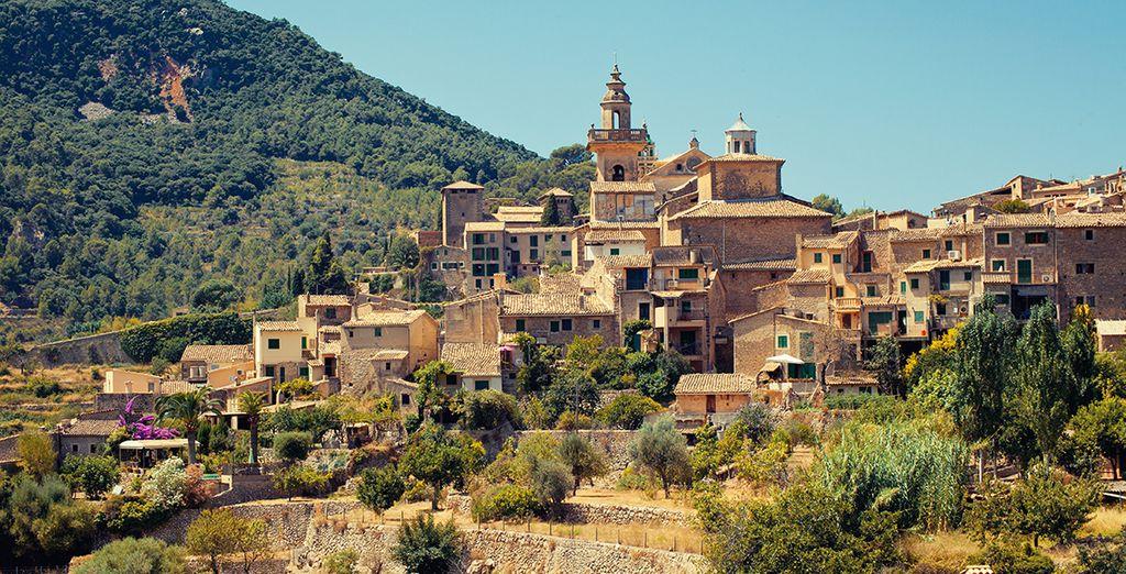 Perdez-vous dans ses villages pittoresques