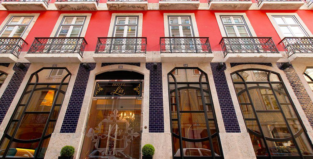 Prenez la direction de l'hôtel Lis Baixa
