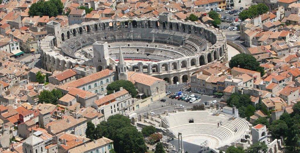Ne manquez pas de vous arrêter à Arles