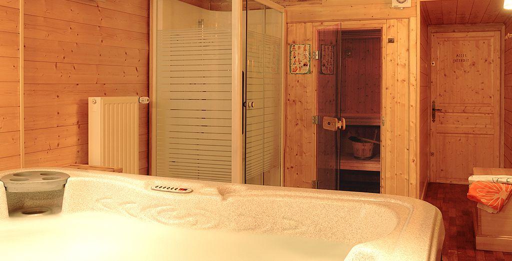 Détendez-vous dans votre sauna après avoir dévalé les pistes de ski !