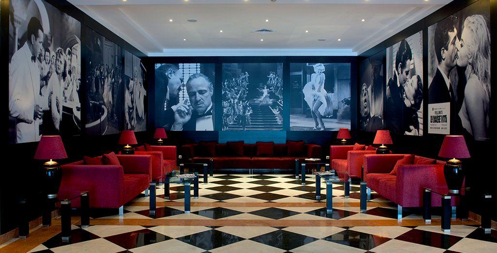 Alors suivez-nous dans votre hôtel Vila Gale Porto 4*, situé au cœur de la ville