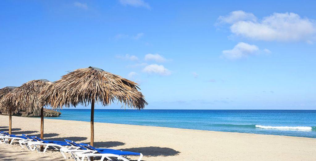 Entre piscine à débordement et plages de rêve...