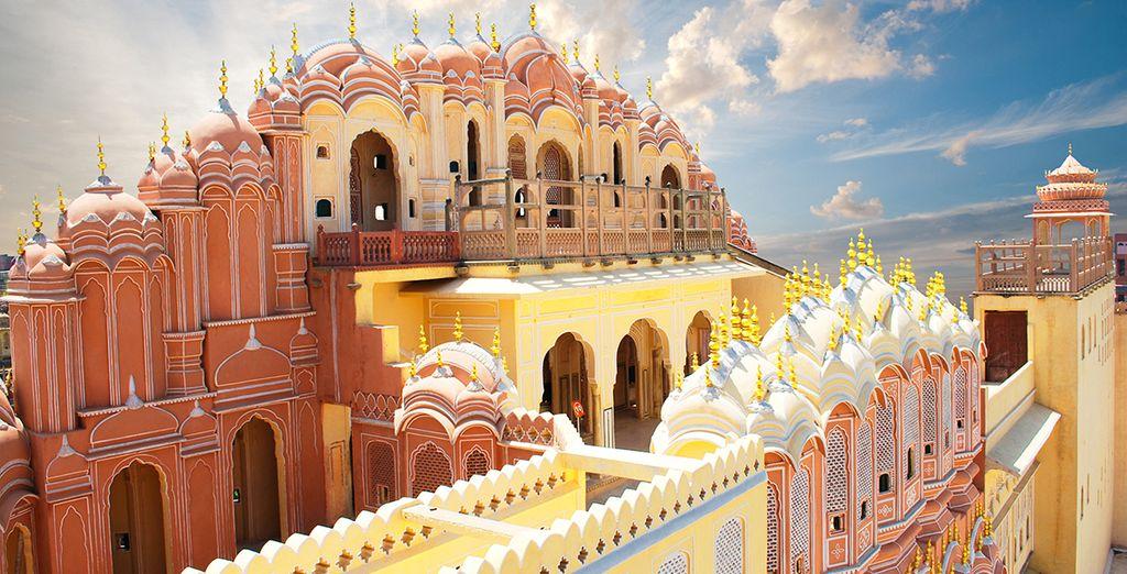 Vous visiterez la ville Rose, Jaipur