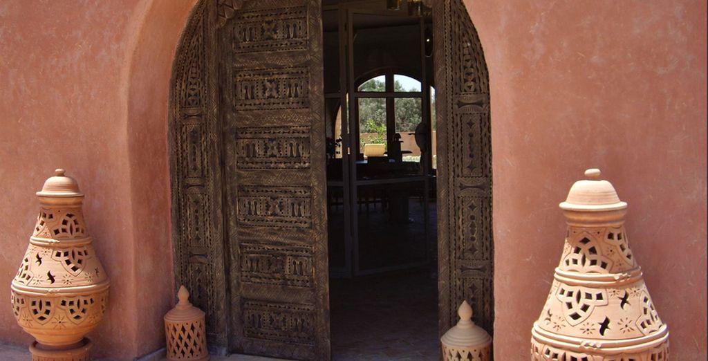 Alors passez le pas de cette porte et découvrez Les Jardains d'Argane 4*