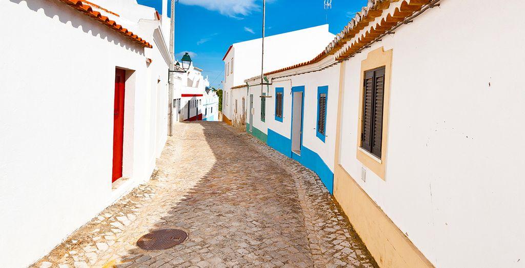 N'oubliez pas de visiter le charmant village d'Albufeira
