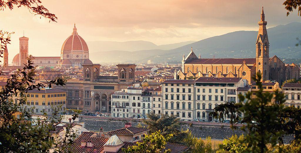 Partez ensuite découvrir Florence, à commencer par le Duomo