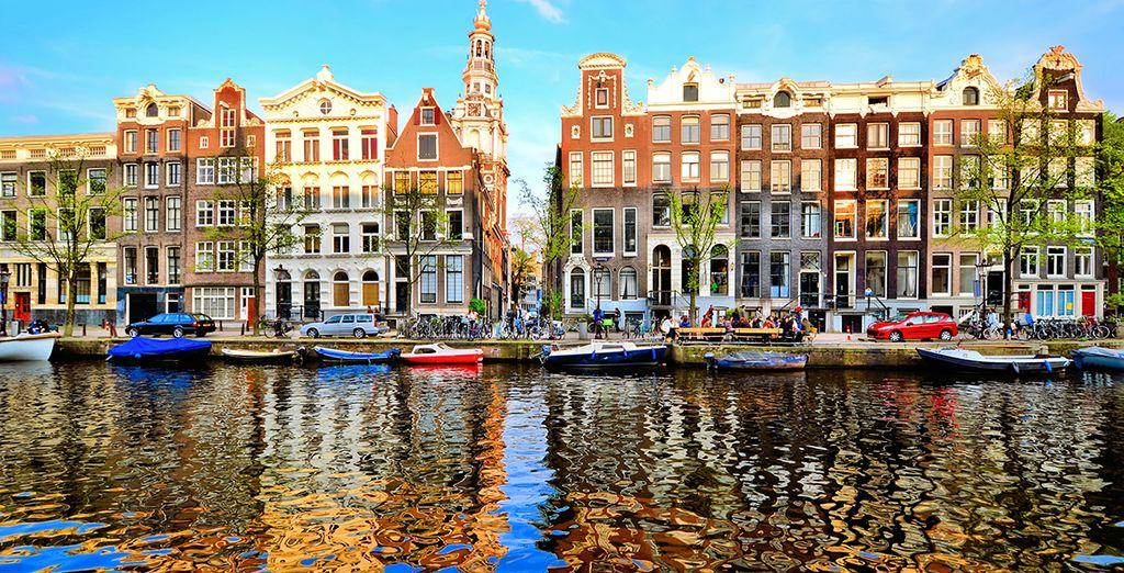 Avant de partir à la découverte de la capitale néerlandaise
