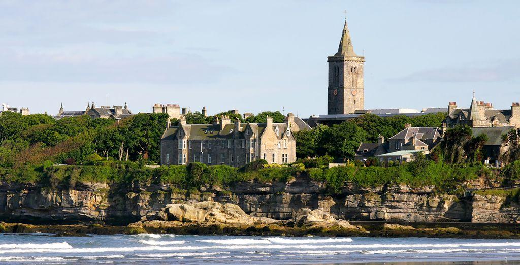 où vous visiterez Saint Andrews et la plus vieille université d'Écosse