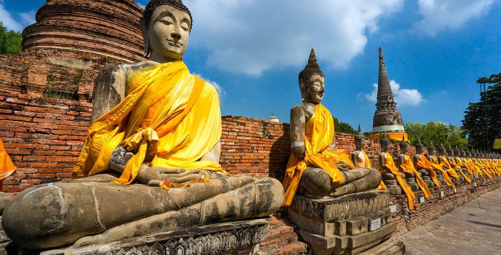 Puis direction les sites antiques d'Ayutthaya