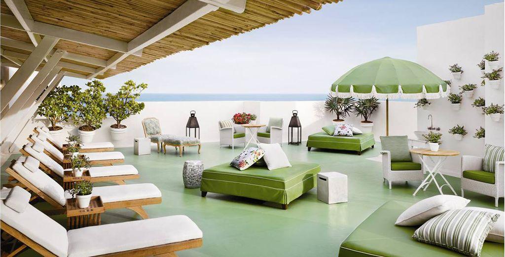 Et que dire du Club Essentia où vous trouverez le Spa, logé sur un toit-terrasse avec vue...