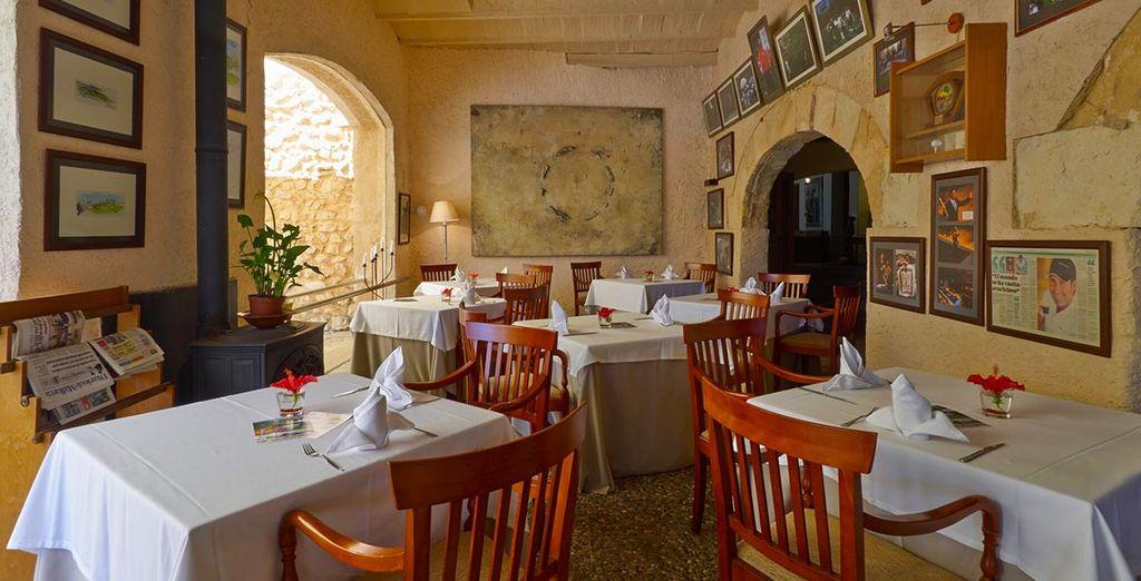 et serez séduit par l'atmosphère qui émane du restaurant.