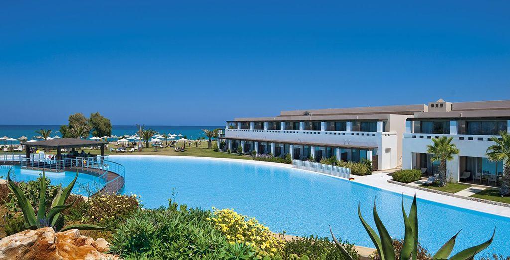 Vous êtes au Cavo Spada Luxury Resort & Spa...