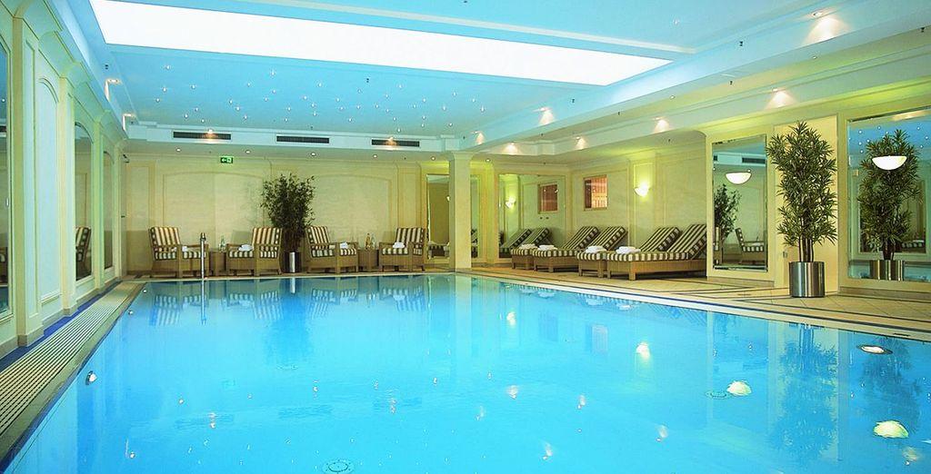 Hôtel haut de gamme avec piscine intérieure chauffée et espace détente