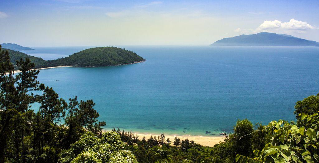 Admirerez la plage de Lang Co depuis le col de Hai Van
