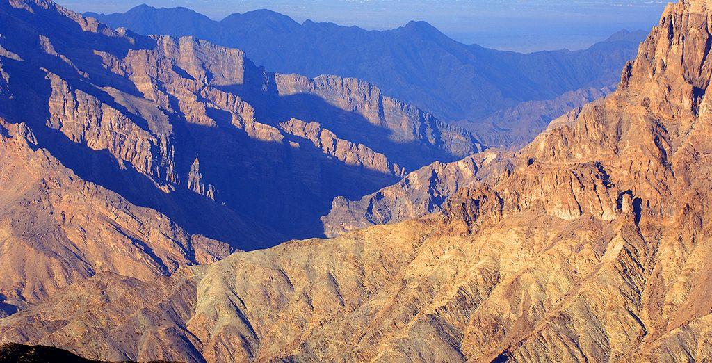 Somptueuses montagnes - Circuit Oman l'essentiel entre mer, montagnes et déserts en hôtels 4* + vols en 5jours/4nuits ou 7 jours/6 nuits+ extension possible à Mussanah 2 nuits Mascate