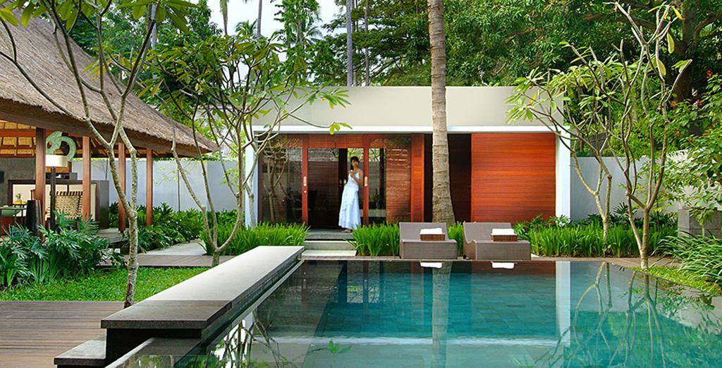 Voici votre nouveau paradis et sa piscine privée...
