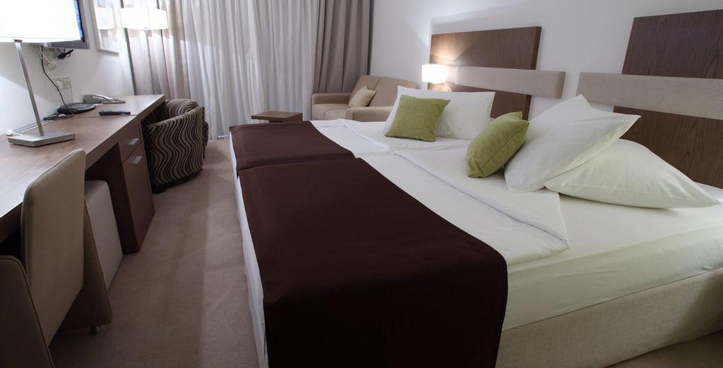 Nous vous proposons également la chambre Supérieure Vue Mer avec Balcon