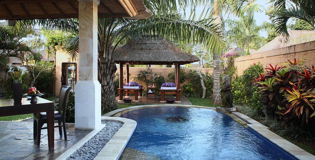 Et une splendide piscine privée