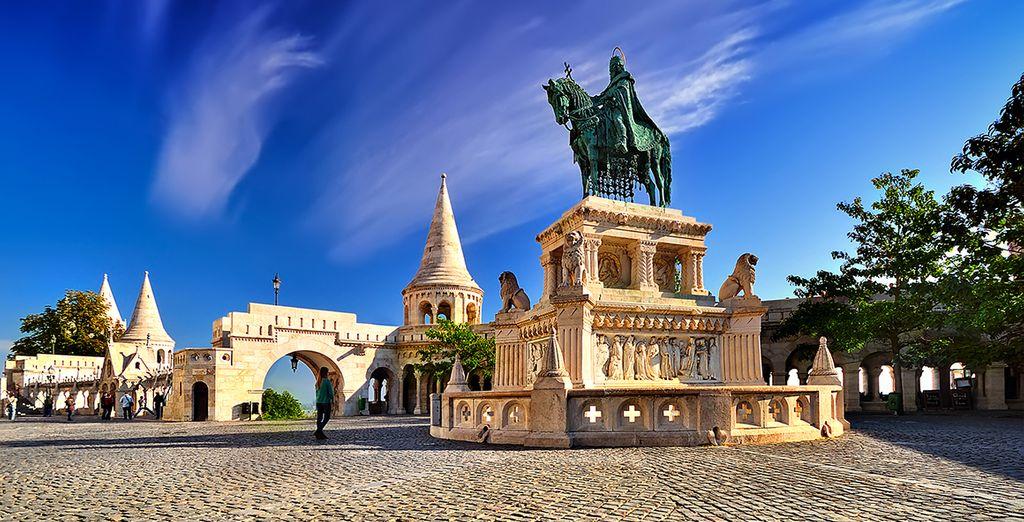 Puis partez découvrir l'une des plus belles capitales d'Europe Centrale