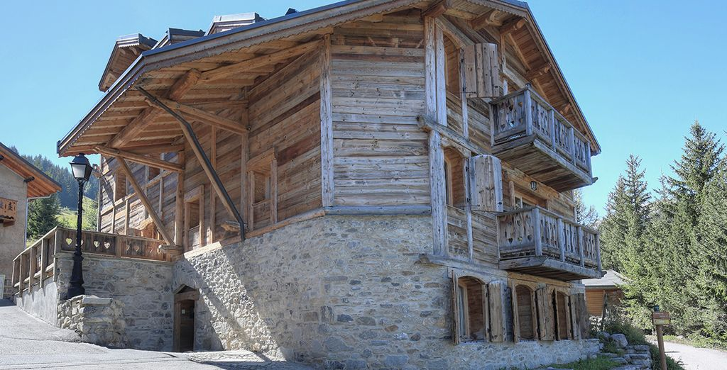 Vos désirs sont des ordres... suivez nous au Chalet Antarès à Courchevel 1650 m !