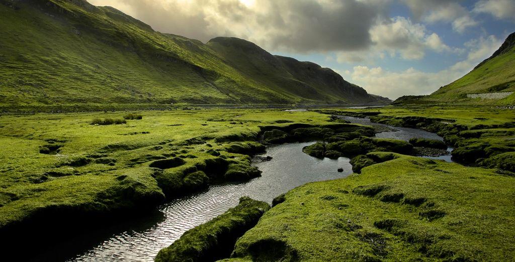 Paysages de l'Ecosse et parc naturel entre montagnes et plaines