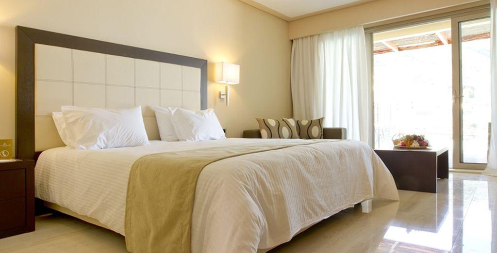 Vous séjournerez au choix en chambre Standard avec vue... - Grand Mediterraneo Resort & Spa ***** Luxe Corfou