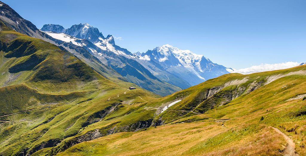Face au célèbre massif du Mont-Blanc