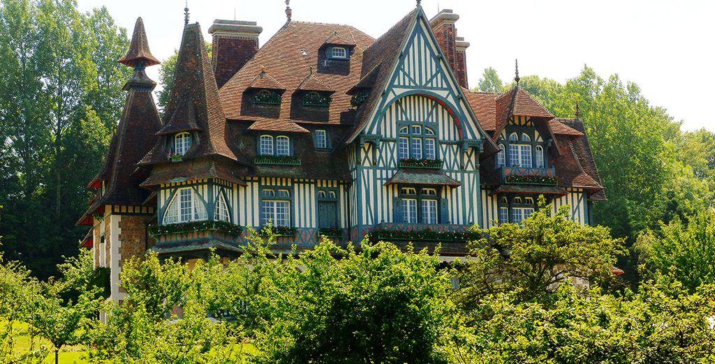 Escapade à Deauville et patrimoine architectural unique de Normandie