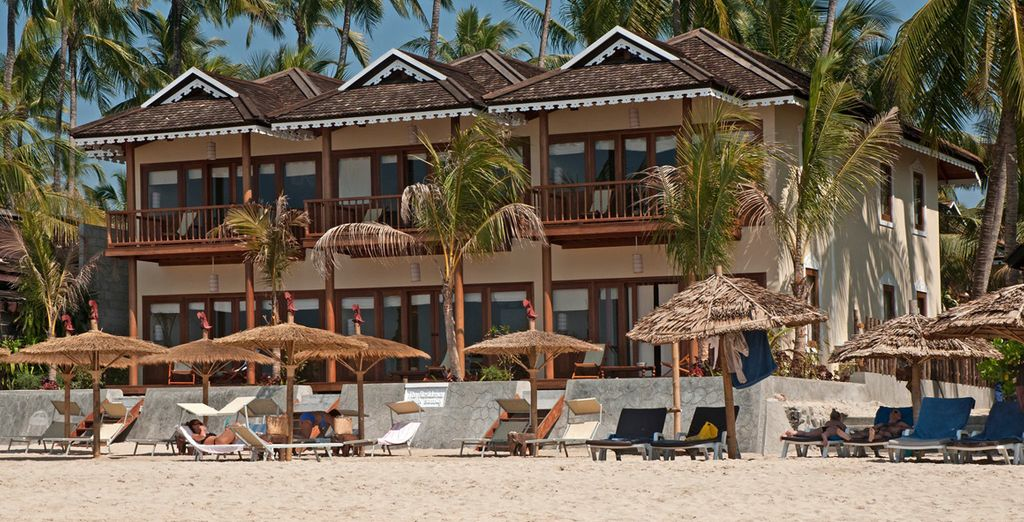 Avec l'offre en 14 nuits, finissez votre séjour sur une plage de Ngapali...